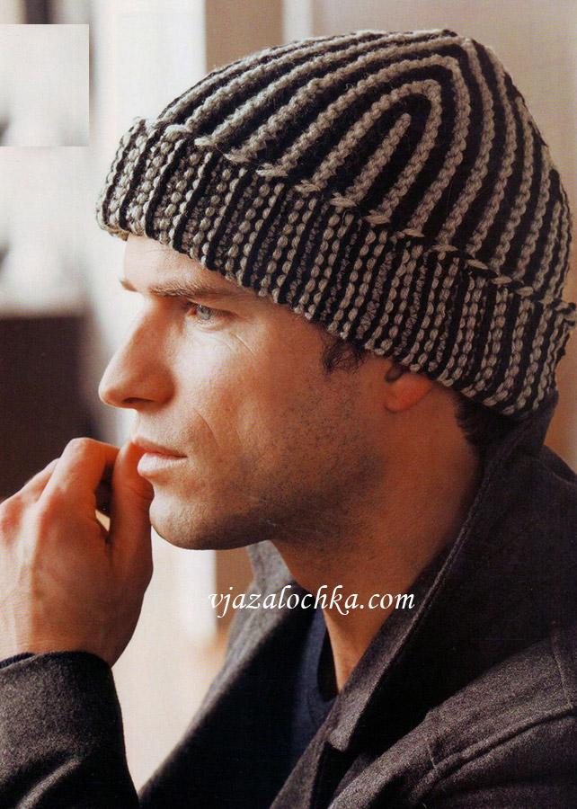 Мужская шапка платочной вязкой