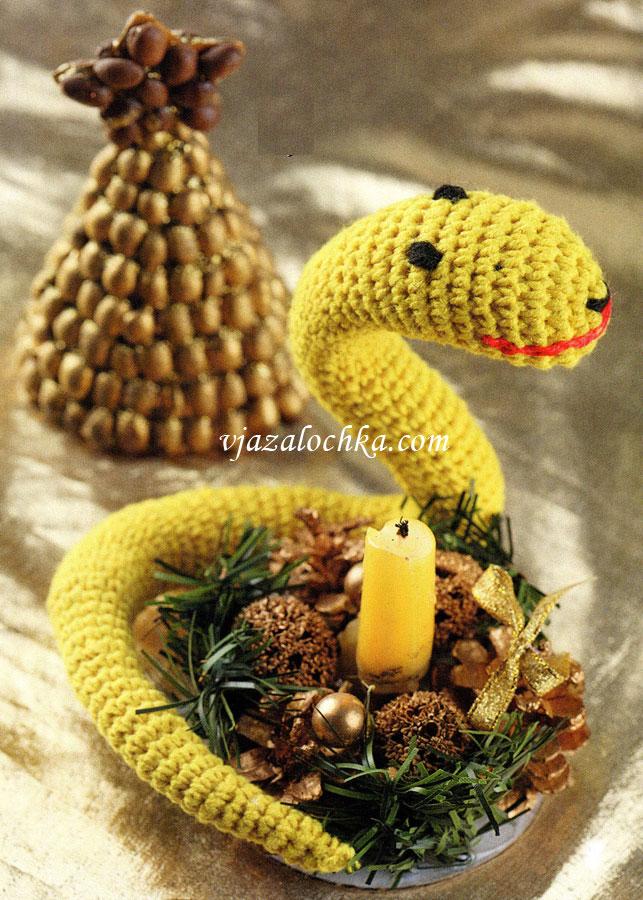 Вязаная змея спицами фото