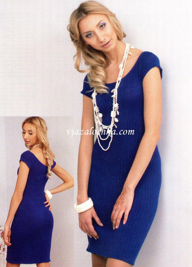 Цельновязаное платье спицами