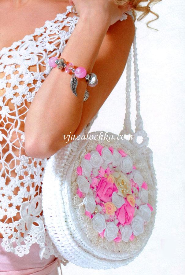 b030513feb07 Круглая сумочка с розами из лент